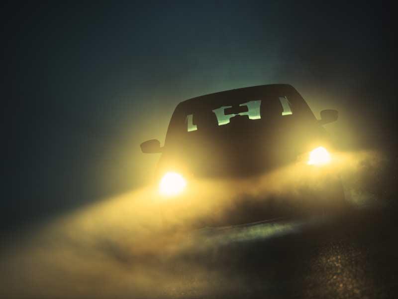 Машина в тумане